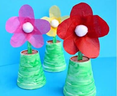 废旧塑料勺和塑料杯diy制作漂亮小花盆栽